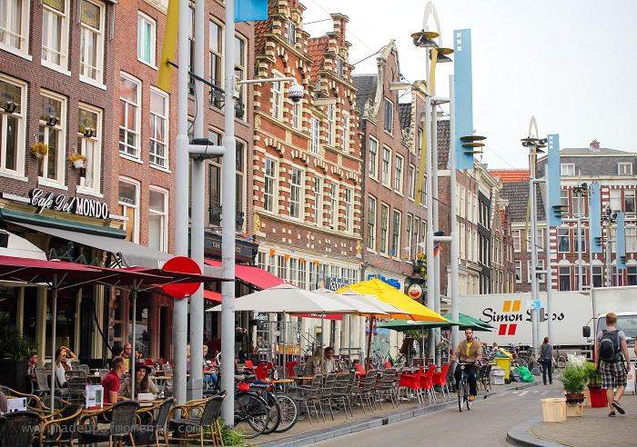 amsterdam-cafe-strip